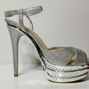 Gianni Bini Shoes - Gianni Bini Silver open toe shoe